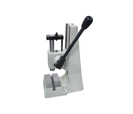 齿轮齿条式手动压力机